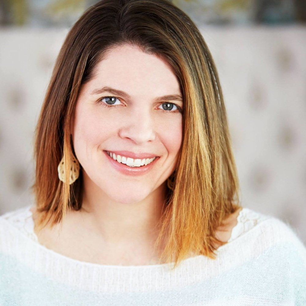 Shannon Kinney-Düh, owner of A Free Spirit Life  Holistic Life & Spiritual Coach, Yoga Teacher & Mom.
