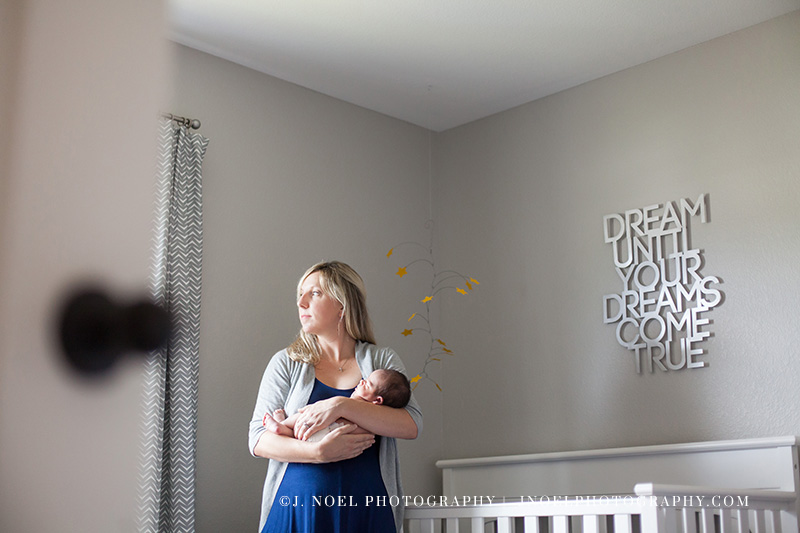 Austin lifestyle newborn photographer 22.jpg