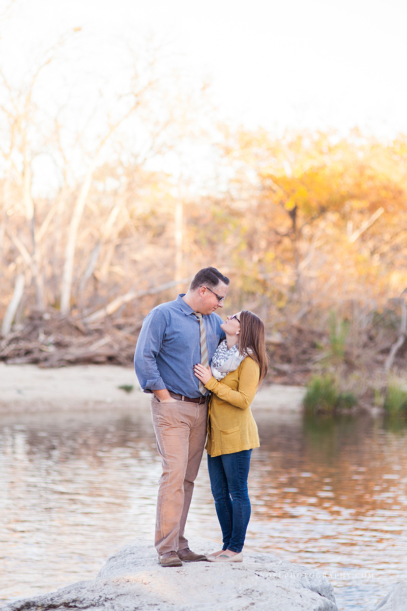 Austin TX Engagement Photographer 15.jpg