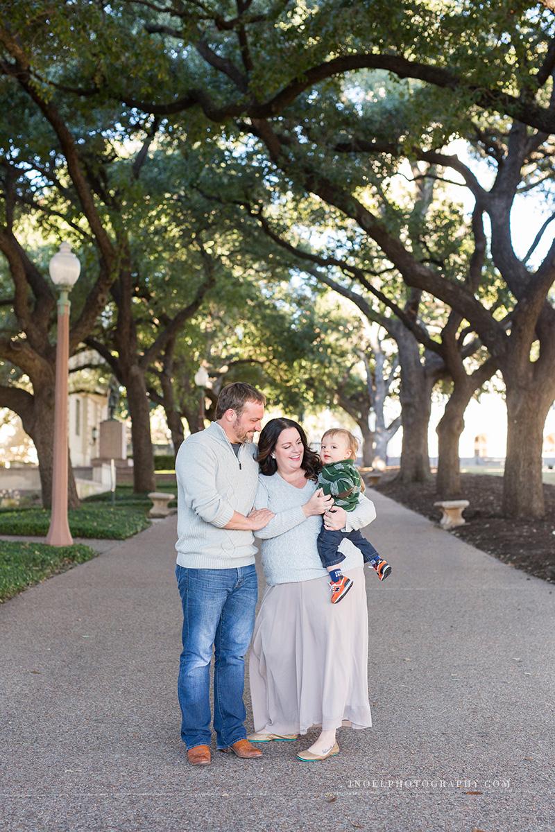 Austin Texas Family Photographer 1.jpg