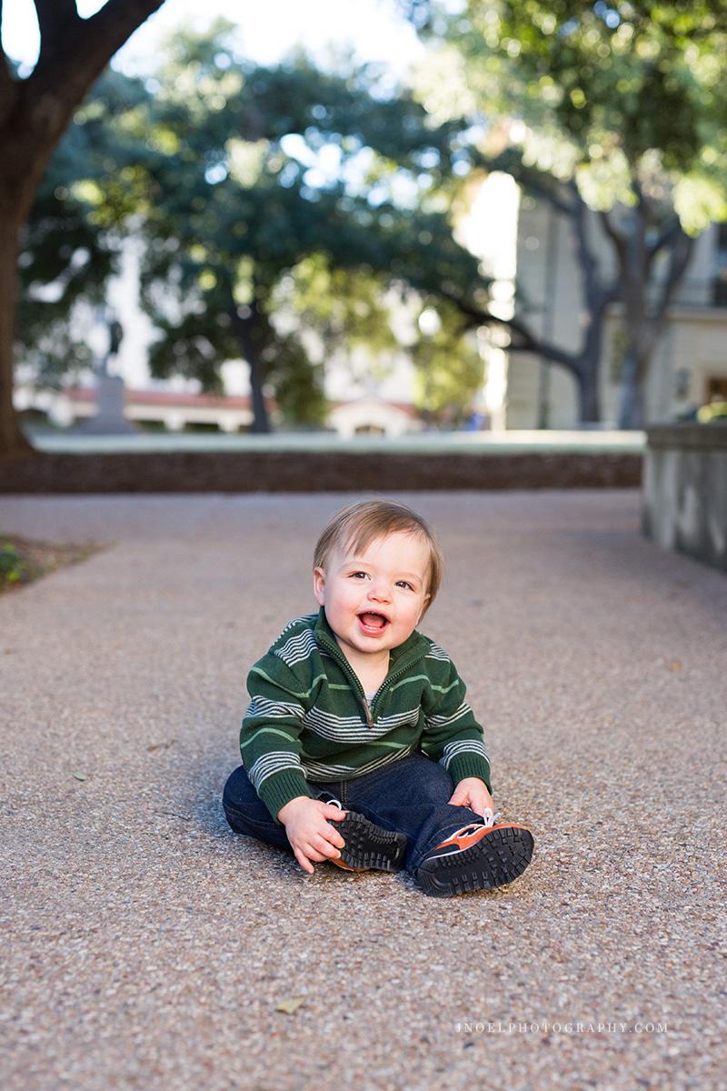 Austin Texas Family Photographer 6.jpg
