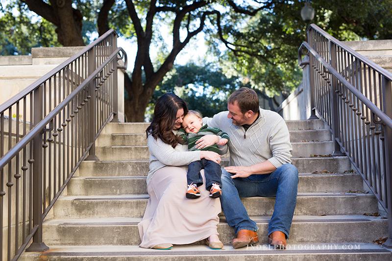 Austin Texas Family Photographer 4.jpg