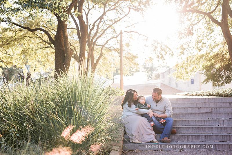 Austin Texas Family Photographer 7.jpg