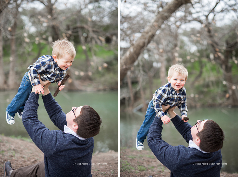 Family Photographer Austin TX 6.jpg