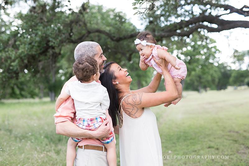 Family Photographer Austin Texas 2.jpg