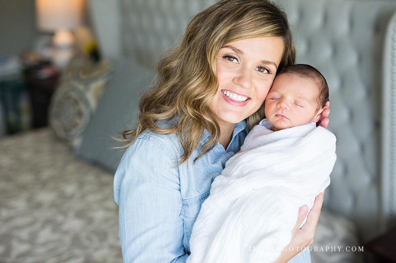 Austin TX Newborn Photographer 16.jpg