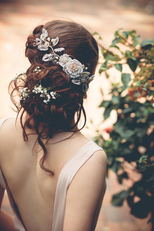 Aphrodite Rose Hair Vine