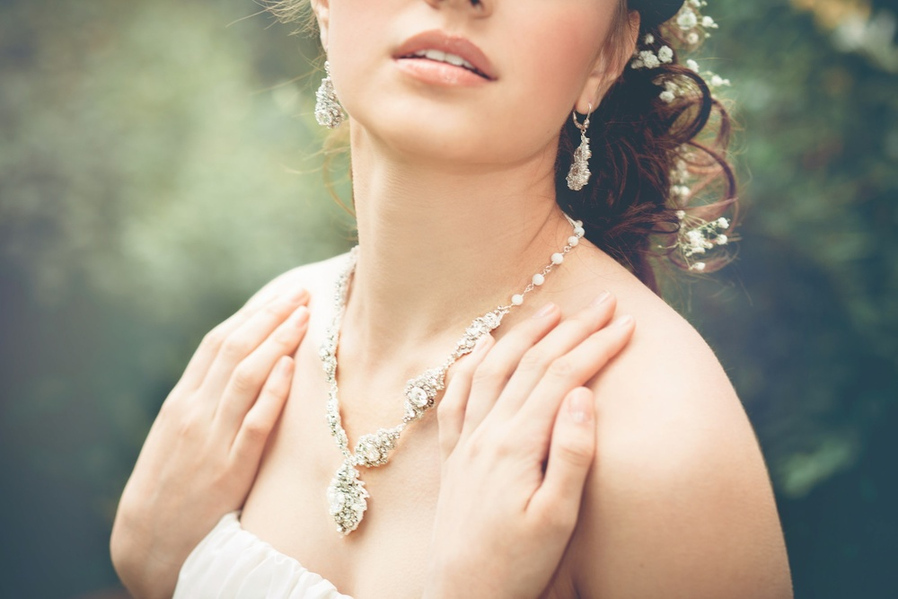 Acanthus Halo-necklace  +  Earrings
