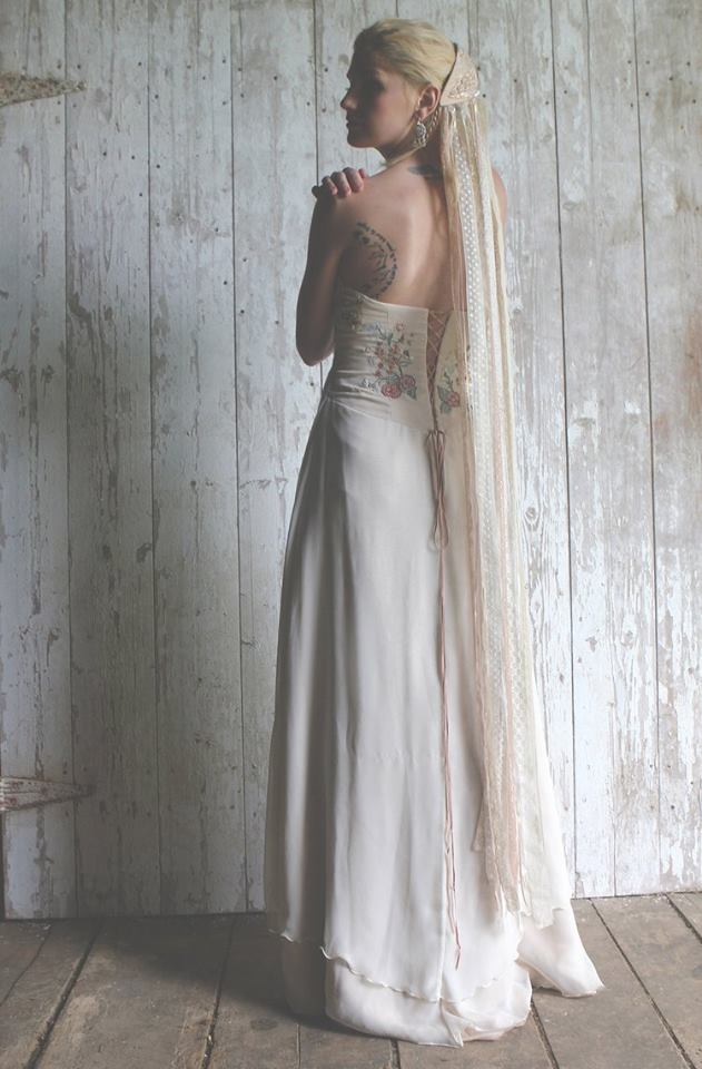 Vermont Bridal Inspiration | A Bohemian, Medieval-inspired Barn ...