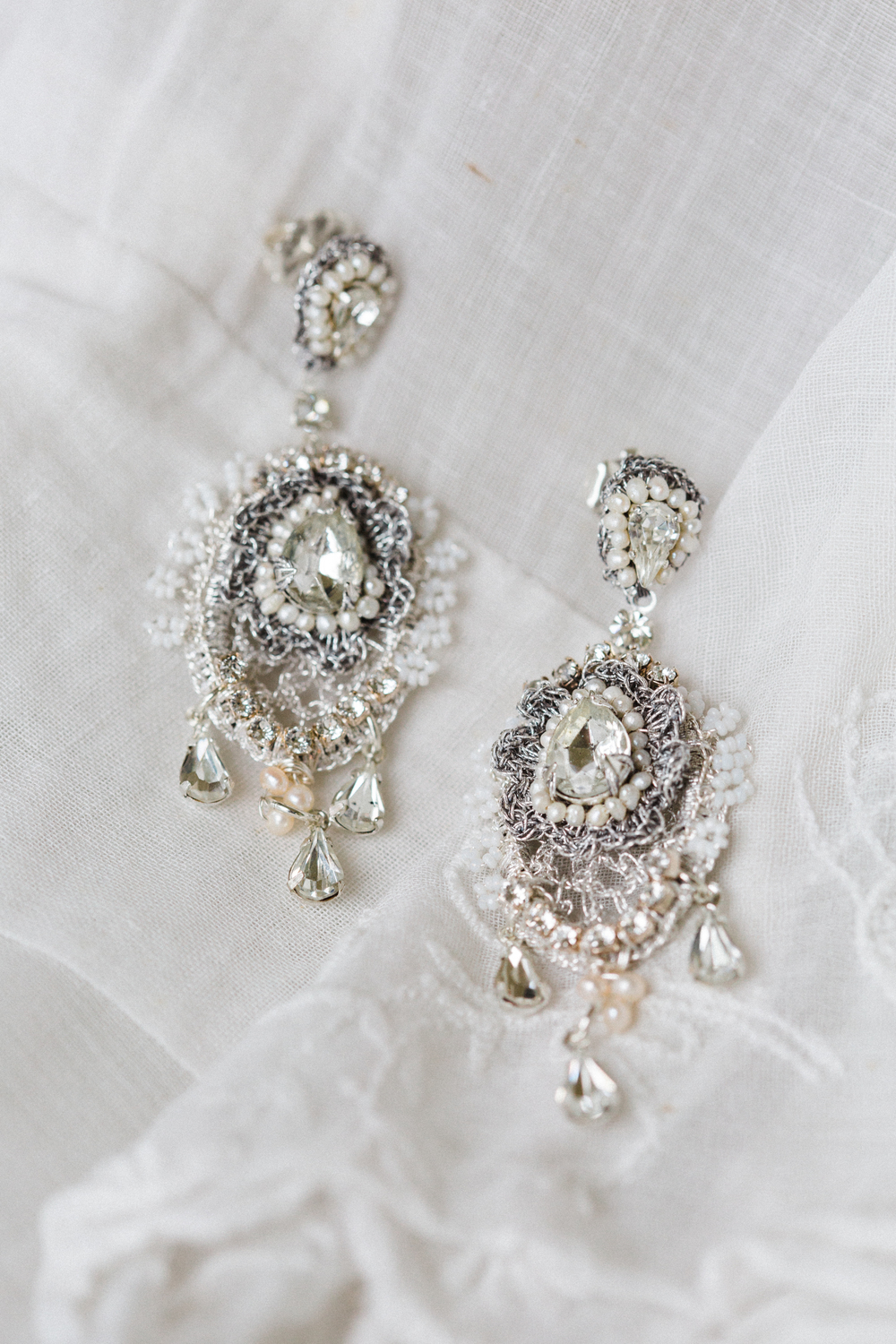 E16LIL Lilliane Earrings