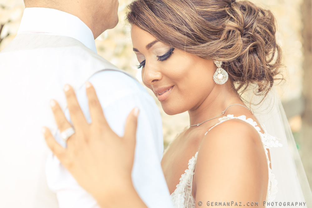 "Yokanna wearing Edera custom ""Nereid"" earrings on her wedding day. Photo by German Paz"