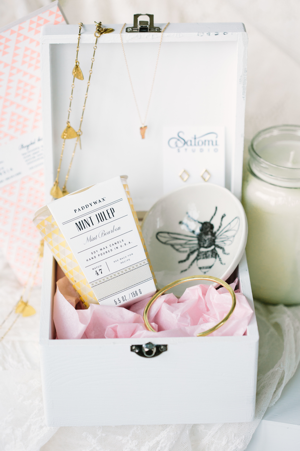 Bride and Bridesmaid Vintage Tea Party Wedding Inspiration | Edera Jewelry Blog