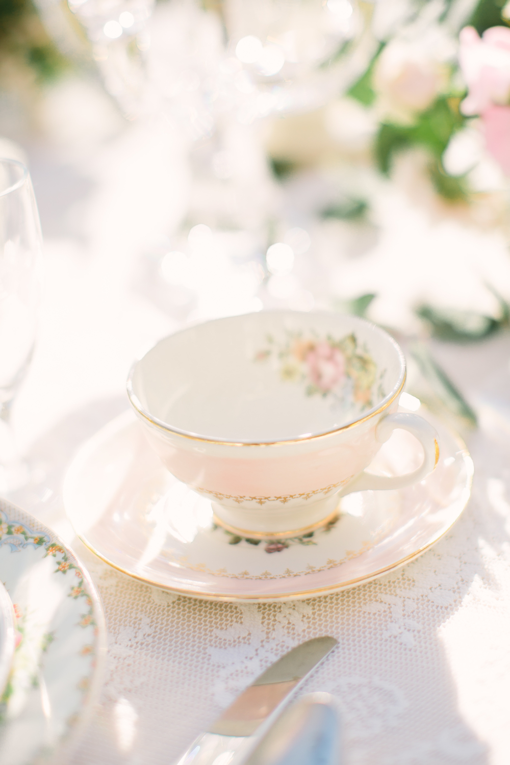 Vintage Tea Party Pastel Pink Wedding Inspiration | Edera Jewelry Blog