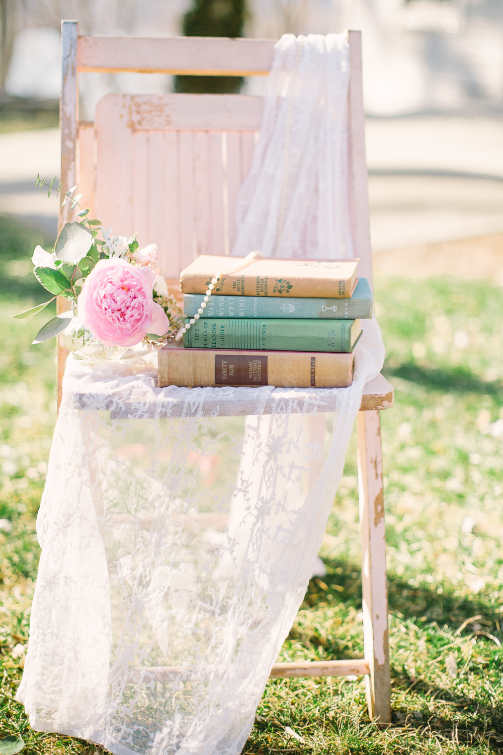 Pastel Pink, Vintage-Inspired Wedding Ideas | Edera Jewelry Blog