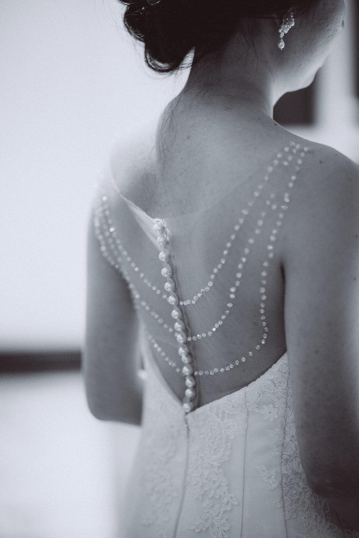 Edera Real Bride in Custom Pearl Wedding Earrings