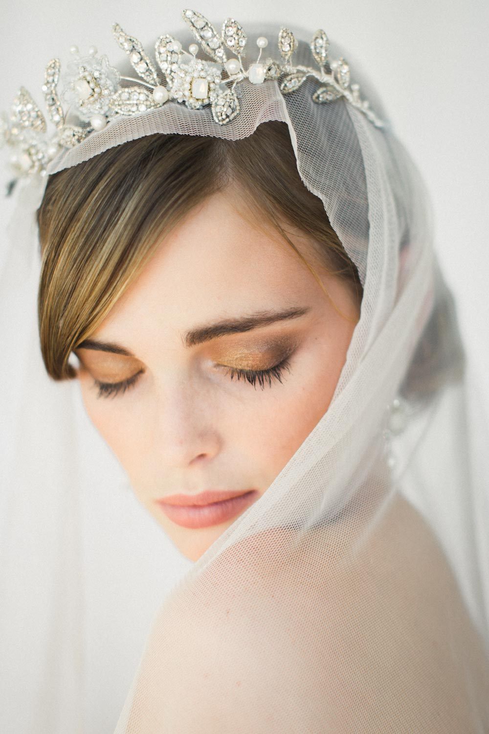 Edera Jewelry Blog: How to Choose a Tiara for Your Wedding