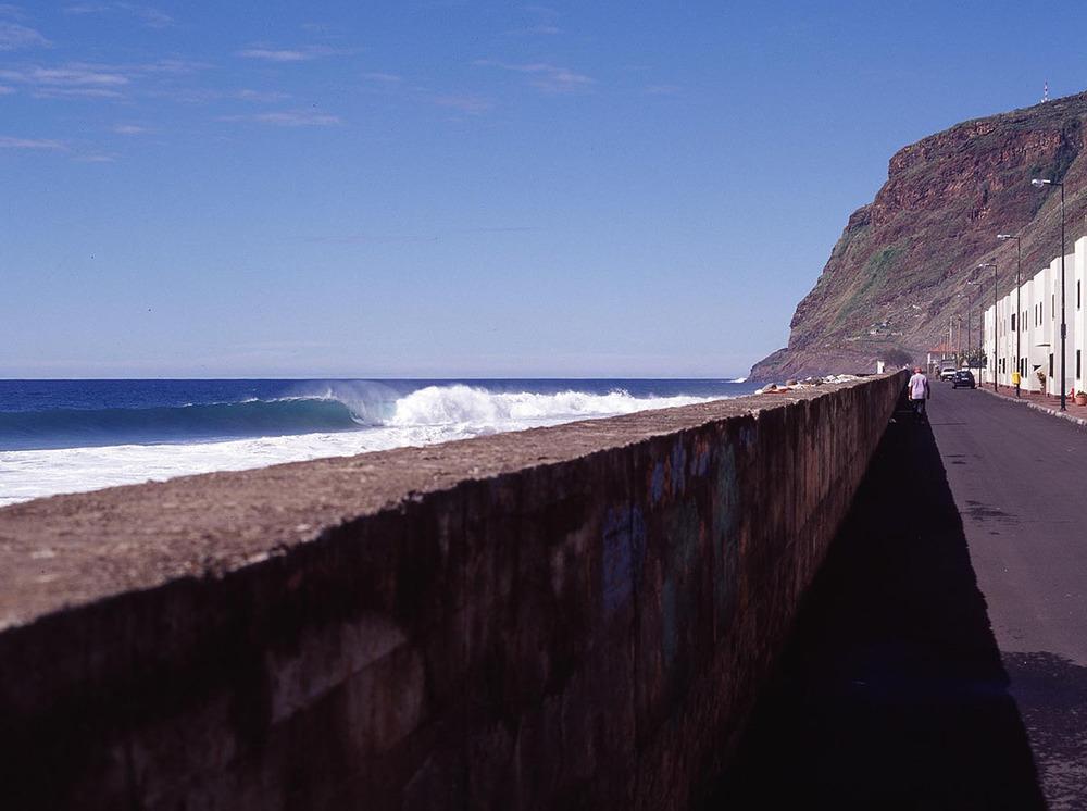 Paul do Mar seawall