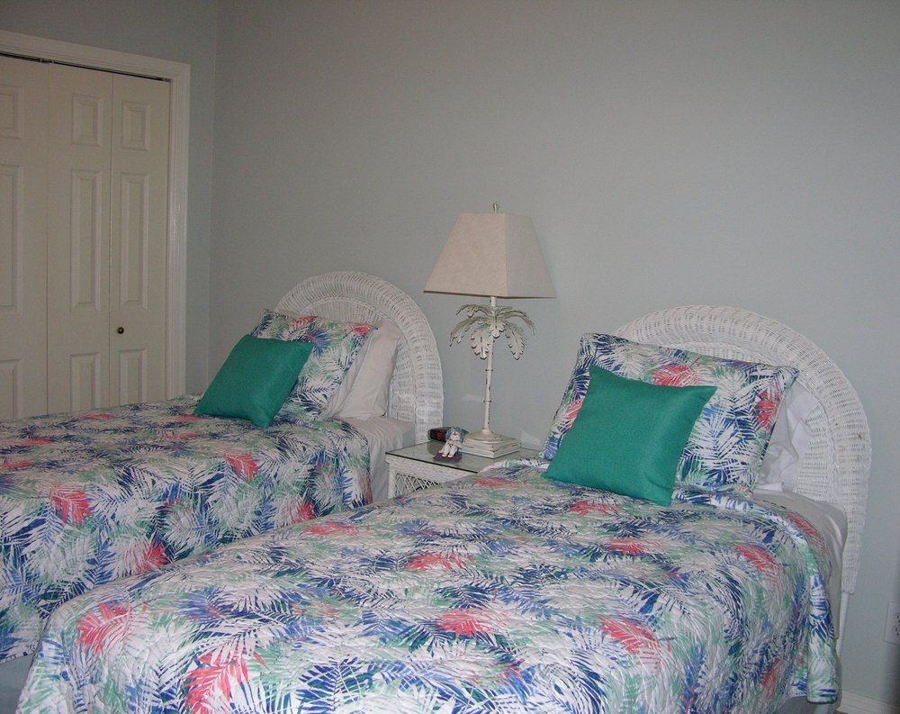 2ndbedroom.JPG