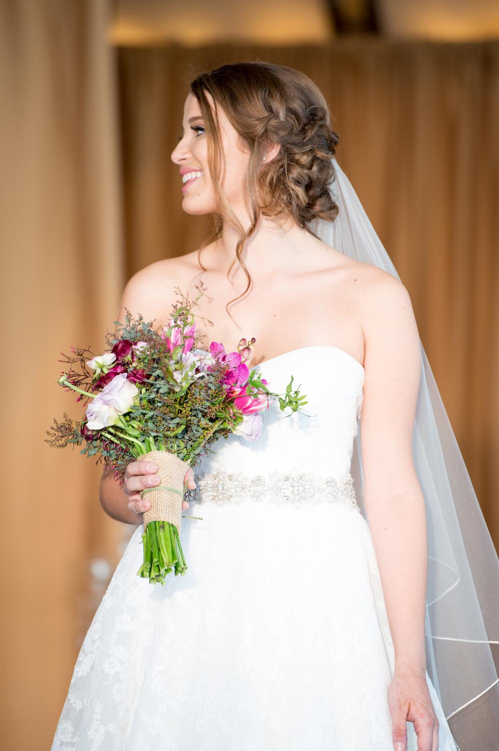 Model: Nicole Rizzuti //  Hair: Jennifer Singleton | Umbrella Salon //  Make-Up: Jennifer Imbat //   Photography:  Khiem Hoang