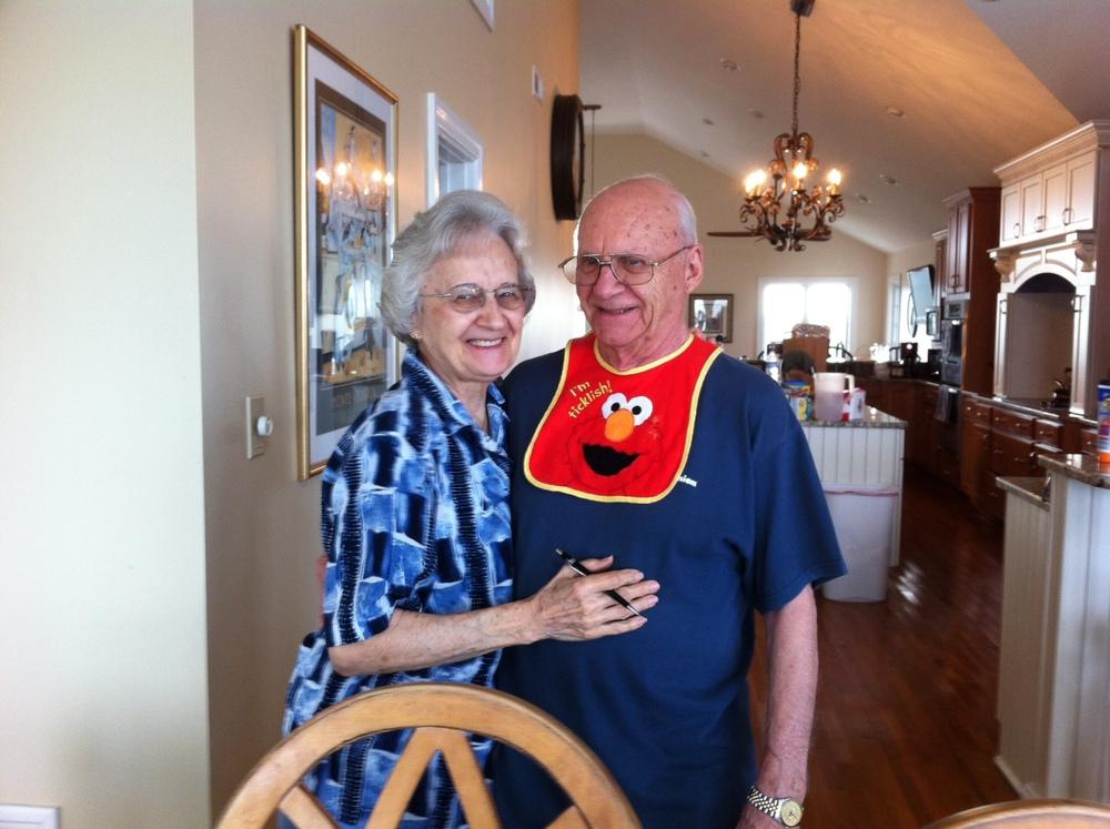 Tom & Edna bib.JPG