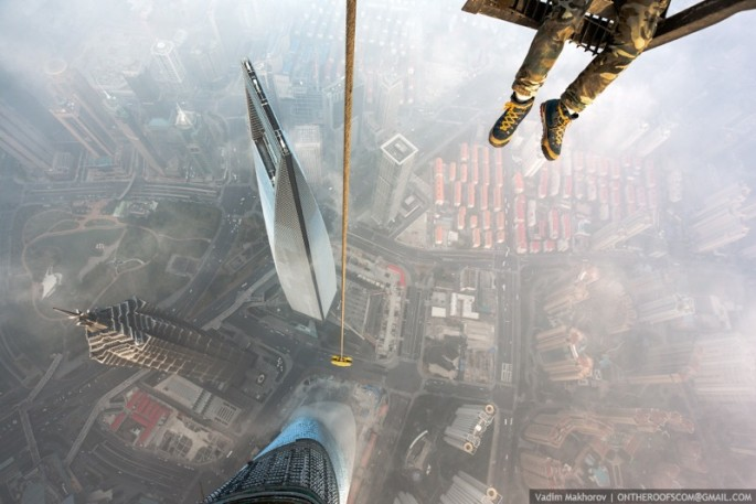 On-the-Roofs-Shanghai-Tower-07-685x457.jpg
