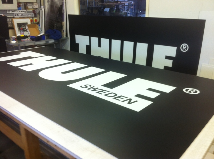thule graphics for the 2012 caravan camping show ottimo wide