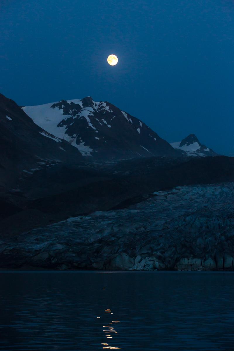 Moon rise     Reid Inlet     Alaska