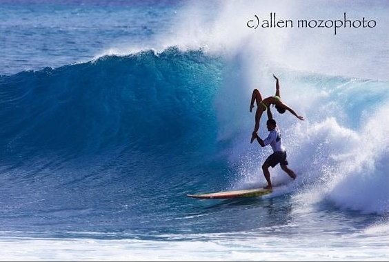Tandem Surfing | One Arm Back | Hawaii