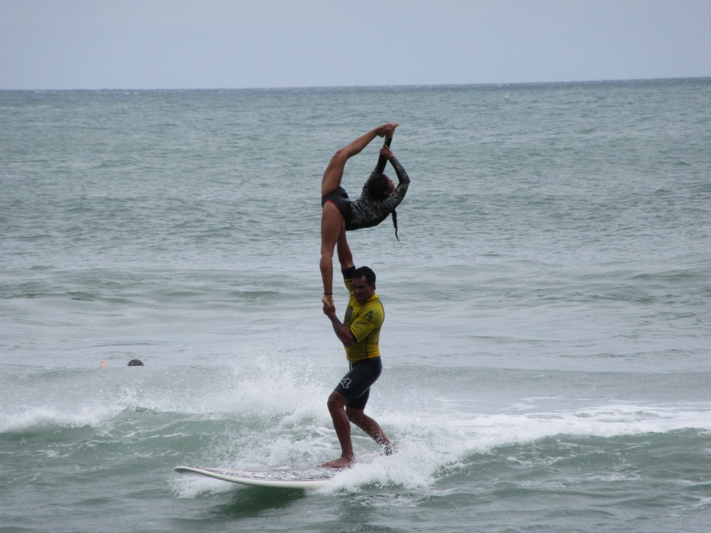 Tandem Surfing | Contorsion | New Zealand