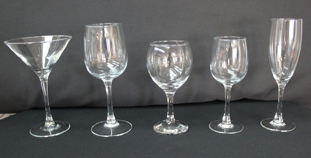 Glassware (Libby)   Martini Glass - $0.95 Each  10 oz. Red Wine Glass $0.50 Each  6.5 oz. Red Wine Glass $0.50 Each  6.5 oz. White Wine Glass $0.50 Each  Champagne Flute  $0.95 Each