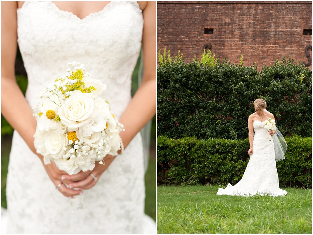 BloomandLo_PeteandAshley_Smithonia_Farm_Wedding_Blog_0016.jpg