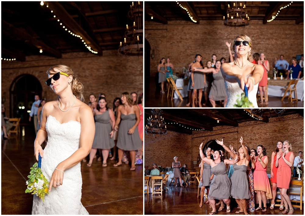 BloomandLo_PeteandAshley_Smithonia_Farm_Wedding_Blog_0055.jpg
