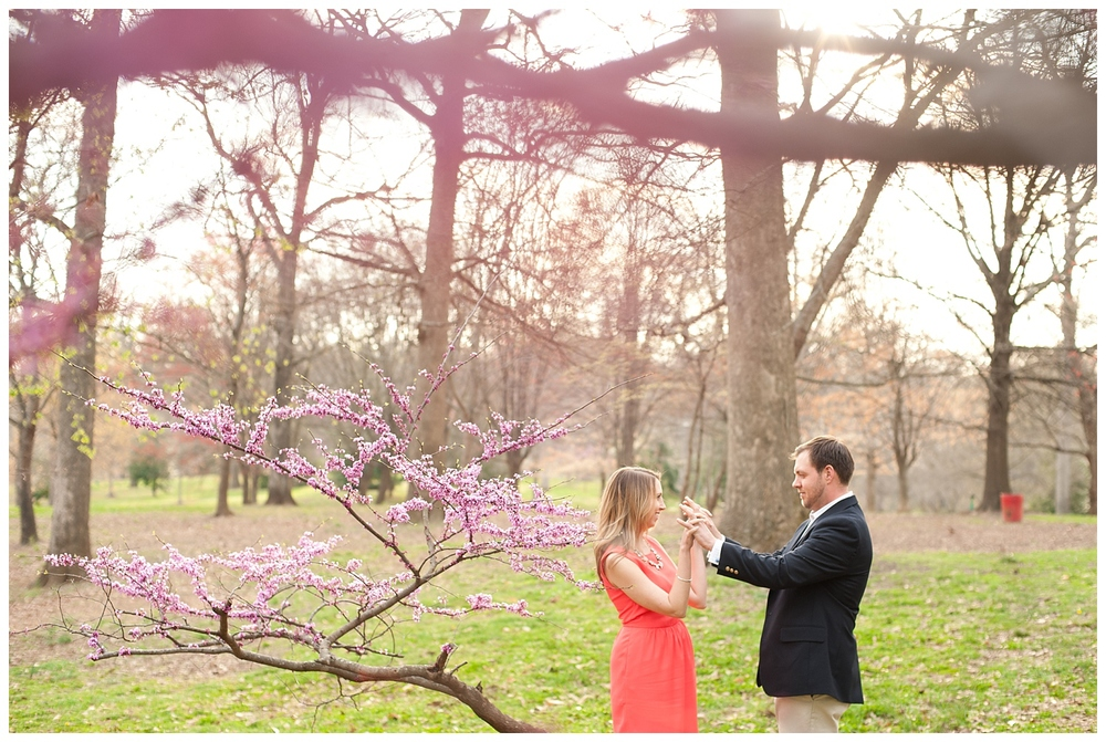 BloomandLo_Abigail&Kyle_Blog_Atlantaphotographer_Engagements_GrantPark_0016.jpg
