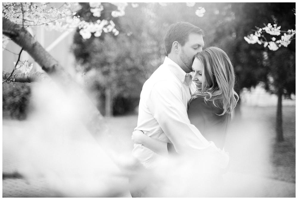 BloomandLo_Abigail&Kyle_Blog_Atlantaphotographer_Engagements_GrantPark_0024.jpg