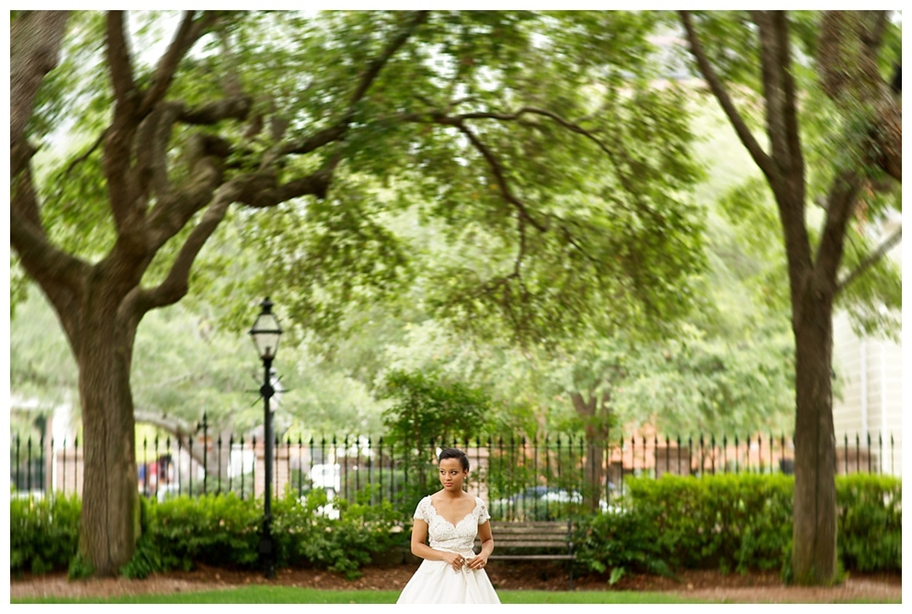BloomandLo_AtlantaPhotographer_AmeliaTatnall_WeddingPhotography_Charleston_DestinationWeddings_SouthernWeddings_Paul&Whitney_LoeserWedding__0021.jpg