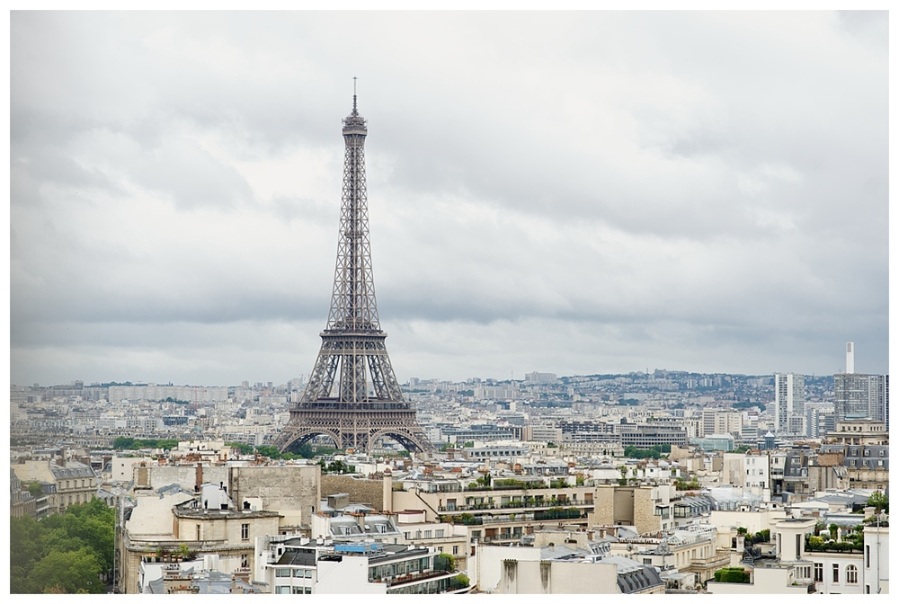 BloomandLo_AtlantaPhotographer_TravelPhotography_Paris_France_EiffelTower_ArcdeTriomphe_AmeliaTatnall_TravelTuesday_Blog_0006.jpg