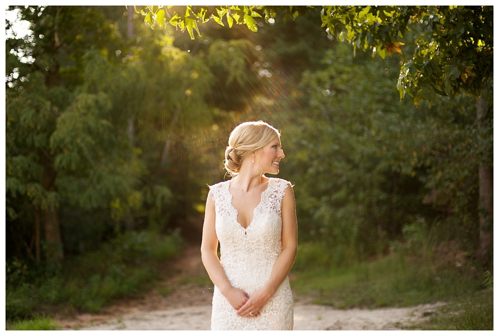 Bloom&Lo_AtlantaPhotographer_AmeliaTatnall_WeddingPhotographer_Anna&JadeWedding_BigCanoe_MountainWedding_Chapel_BlueridgeWeddings__0032.jpg