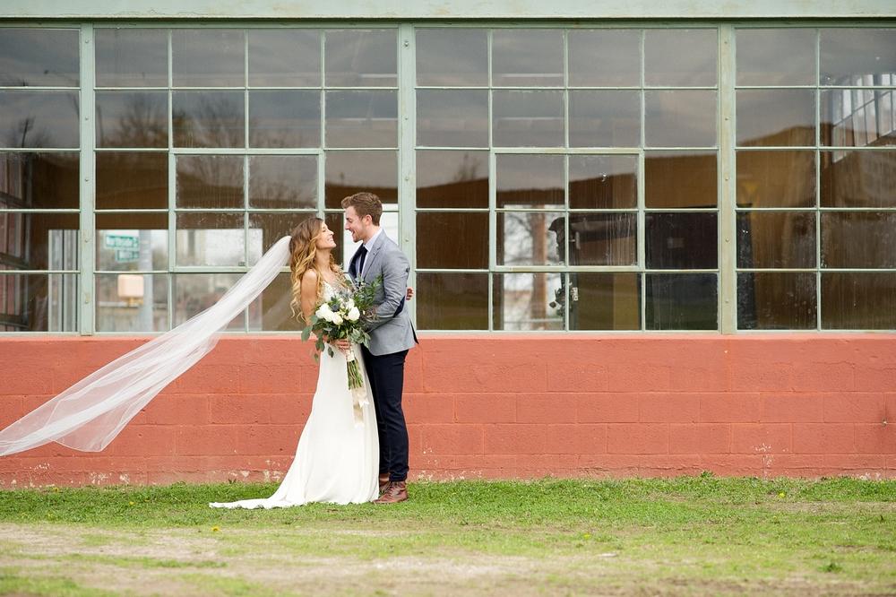 Bloom&Lo_AtlantaPhotographer_AmeliaTatnall_2015_Wedding_Georgia_Atlanta_AmbientStudio_Sara&Jared_Blog_Portfolio__0027.jpg