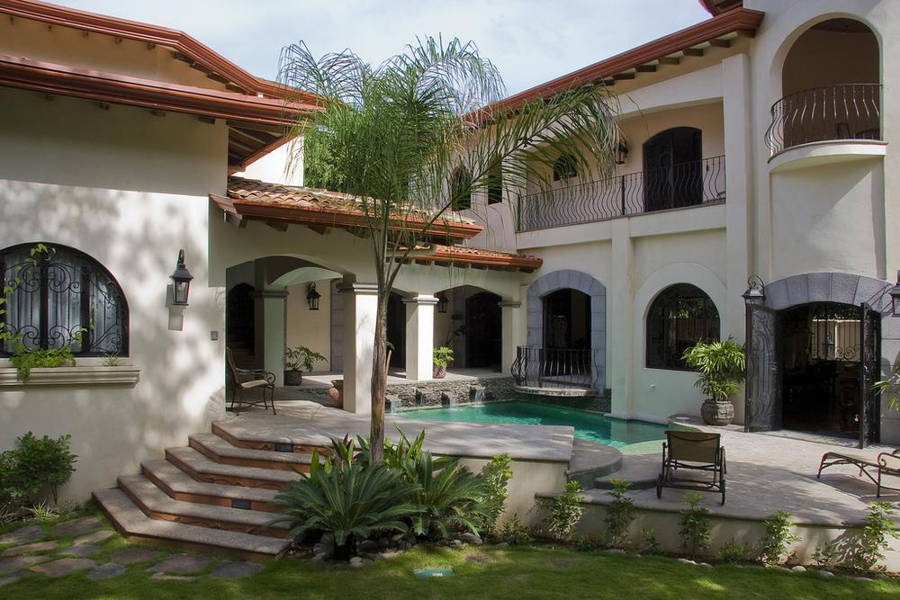 1a2-costa-rica-mansion.jpg