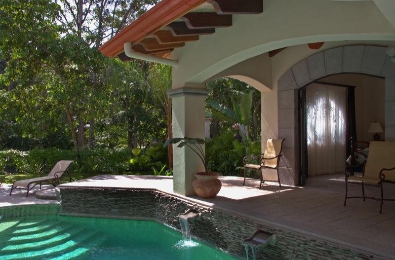 30-costa-rica-beach-front.jpg