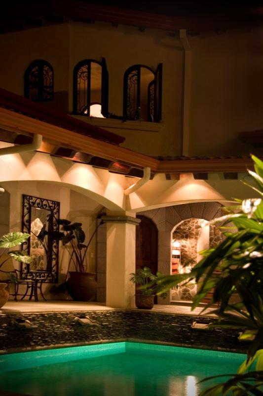 162-costa-rica-mansion.JPG