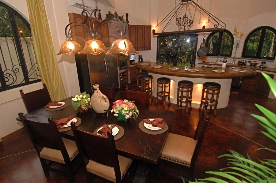 diningroom-costa-rica-beach-resort.JPG