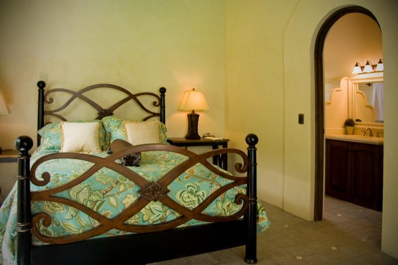 Guest-room-2-costa-rica-beach-resort.JPG