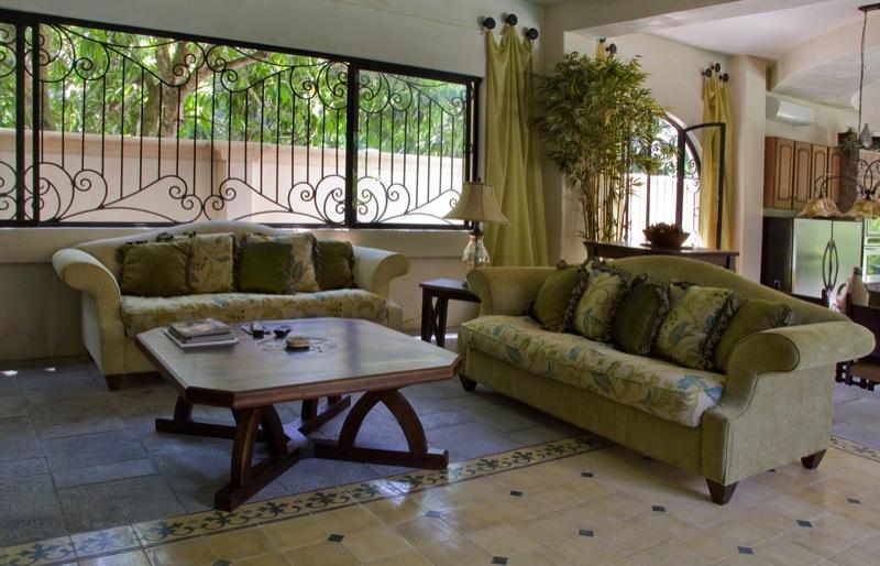 Livingroom-costa-rica-beach-resort.jpg