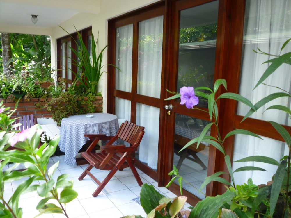 hotel-room-jaco-costa-rica10.jpg