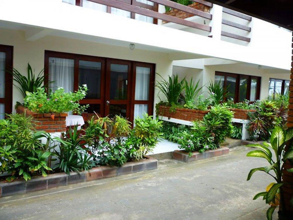 hotel-room-jaco-costa-rica11.jpg