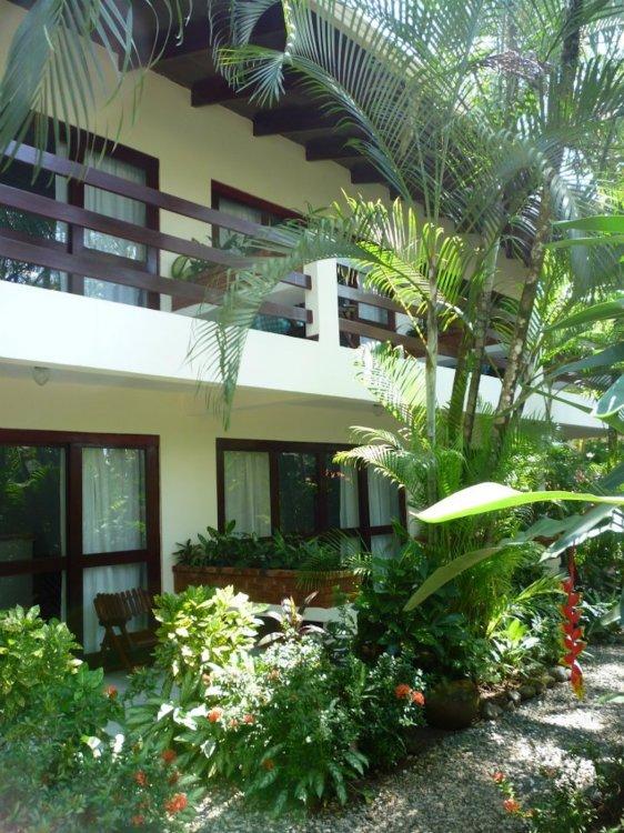 hotel-room-jaco-costa-rica17.jpg