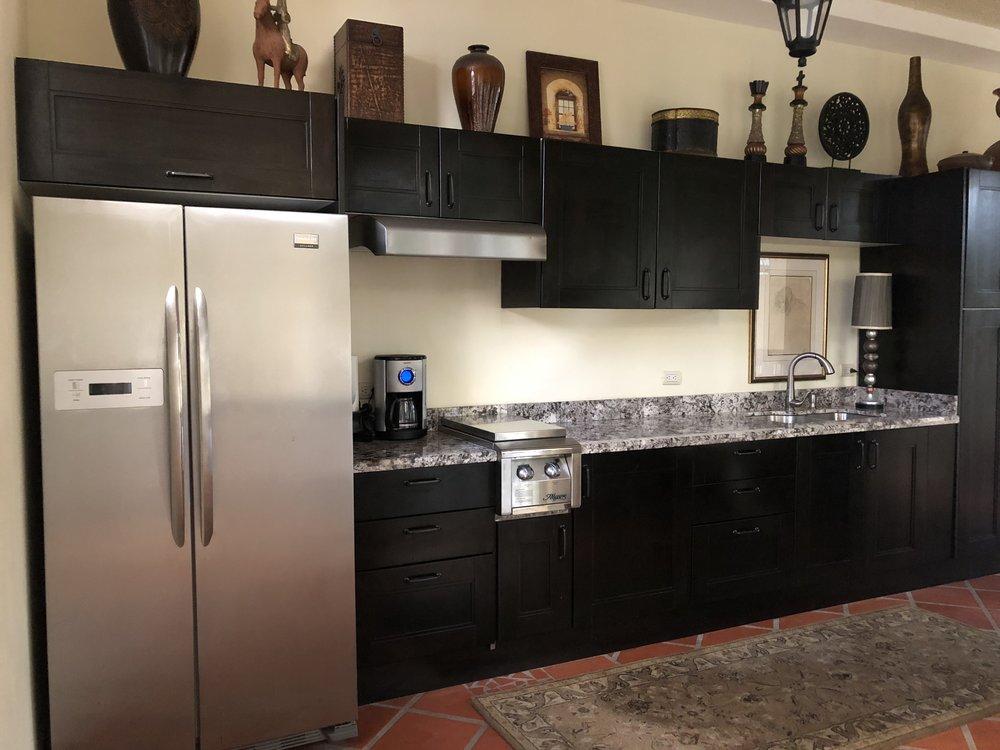 Full upstairs kitchen