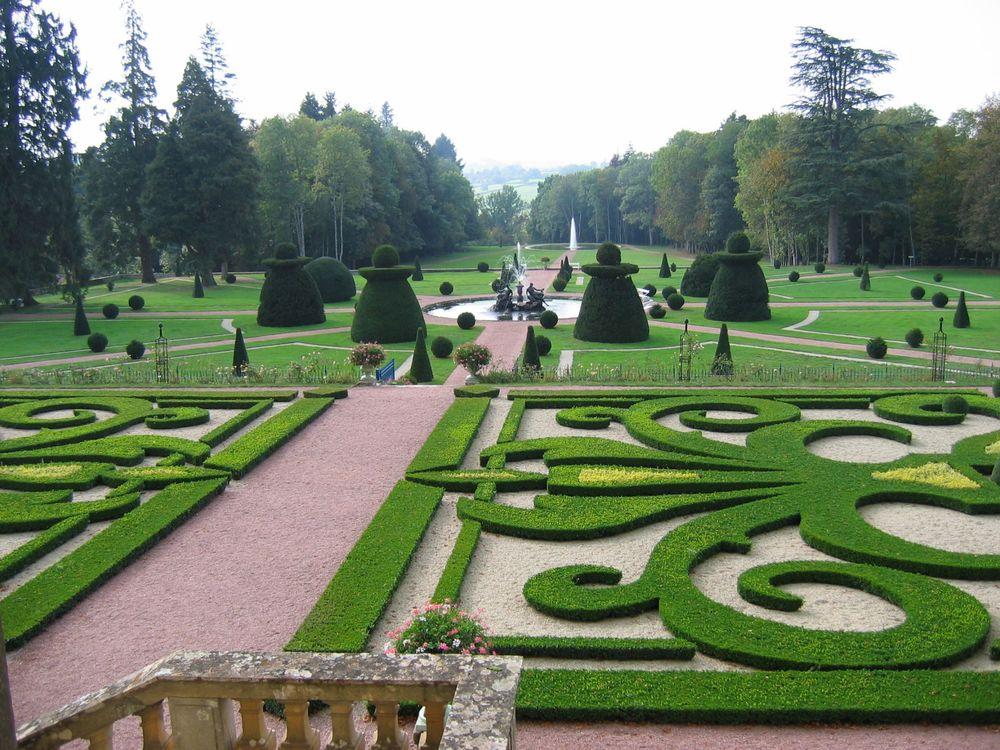 Gardens, Chateau de Dree, France
