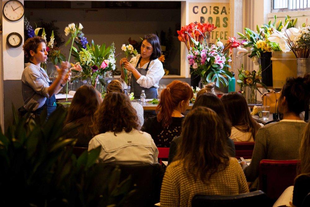 16.07.17 1º Workshop de Arranjo Floral A Bela do Dia-15.JPG